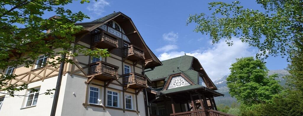 <strong>Hotel Greenwood</strong> v Novom Smokovci je ideálnym miestom pre rodinnú dovolenku v príjemnom horskom prostredí